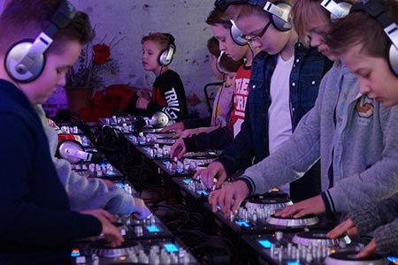 DJ Workshop voor kids - djproducer.school